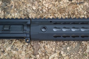 Steel QD inserts are located on each side of the URX 4.