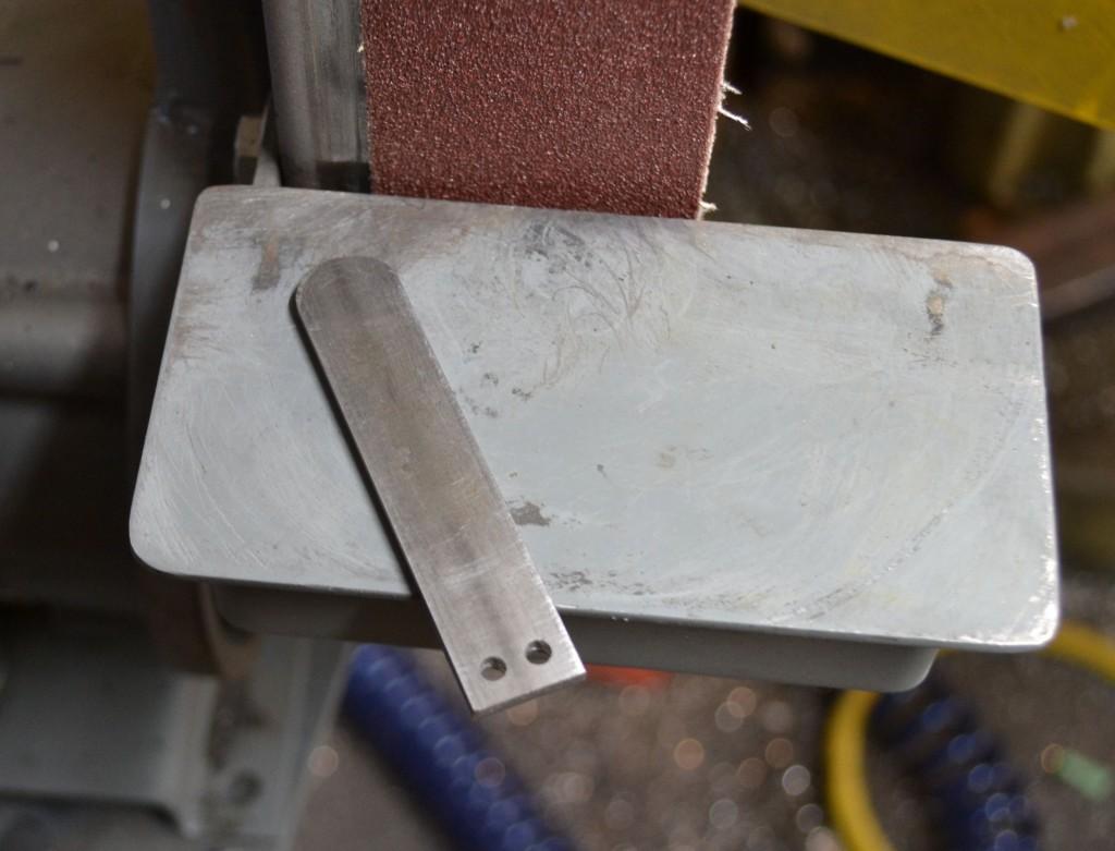 rounding off handle