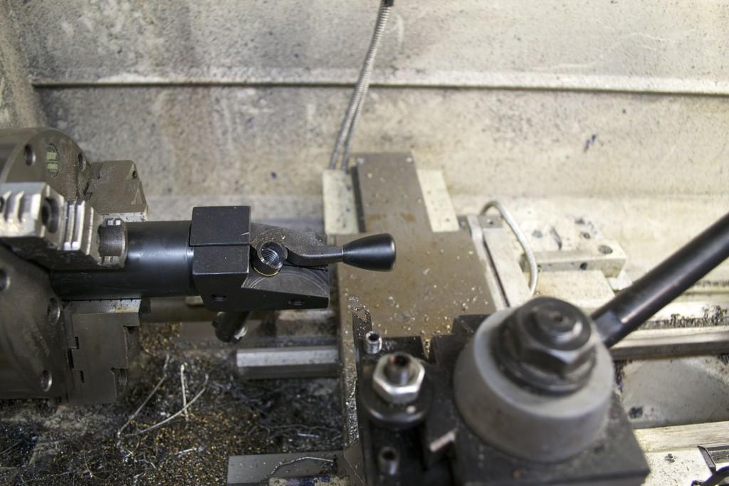 knob test fit Rem 7 300 BLK
