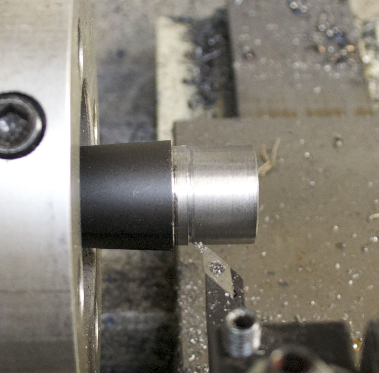 700 SPS conversion stop groove for threads